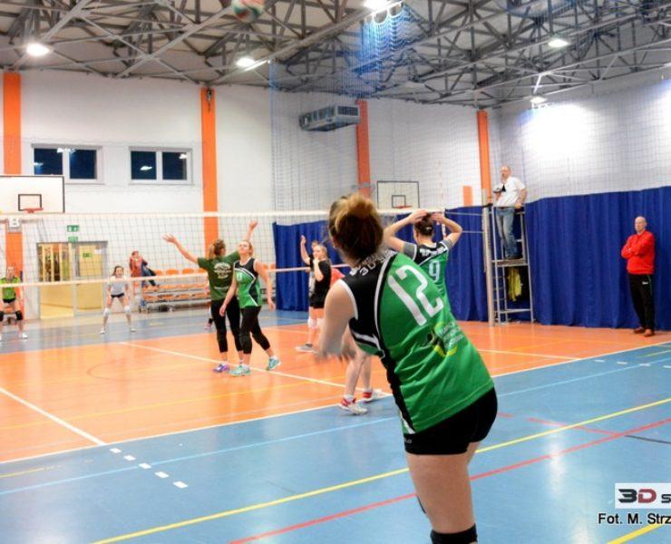 Siatkarki MOS Zachód 3D Sport nadal wygrywają